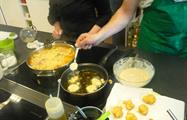 learning how to cook tortilla española - Tiqy, Spanish Cooking Class