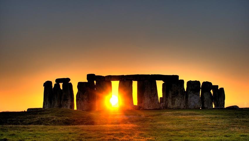 Stonehenge and Cream Tea - Tiqy, Stonehenge and Cream Tea