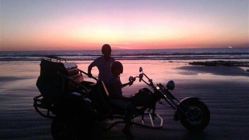 Sunset at Gantheaume Point motos, Sunset at Gantheaume Point