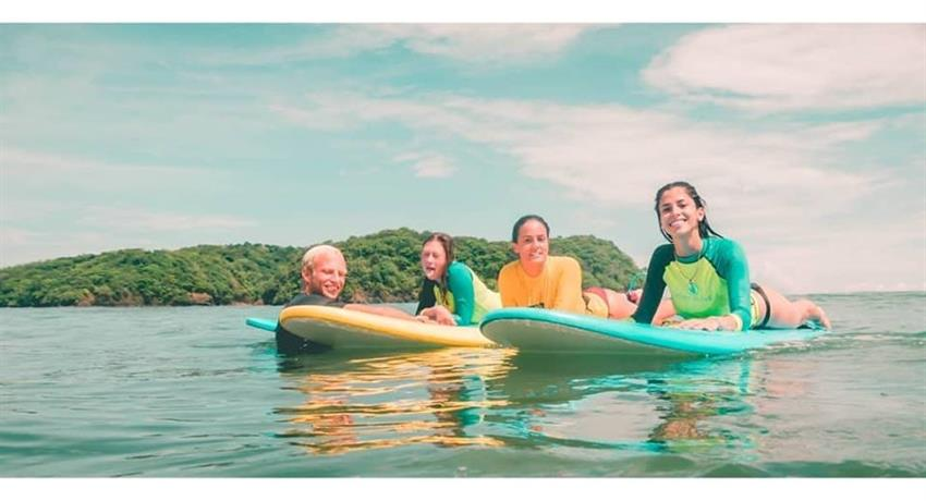 More surfer ladies, Surf Classes in Playa Venao