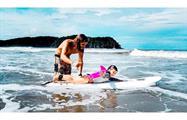 No age to hit the waves, Clases de surf en Playa Venao