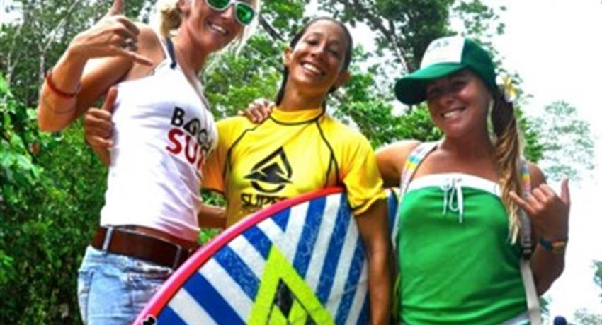 Team work, Surf Guiding Tour in Bocas del Toro