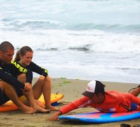 Surf in Chepillo Island