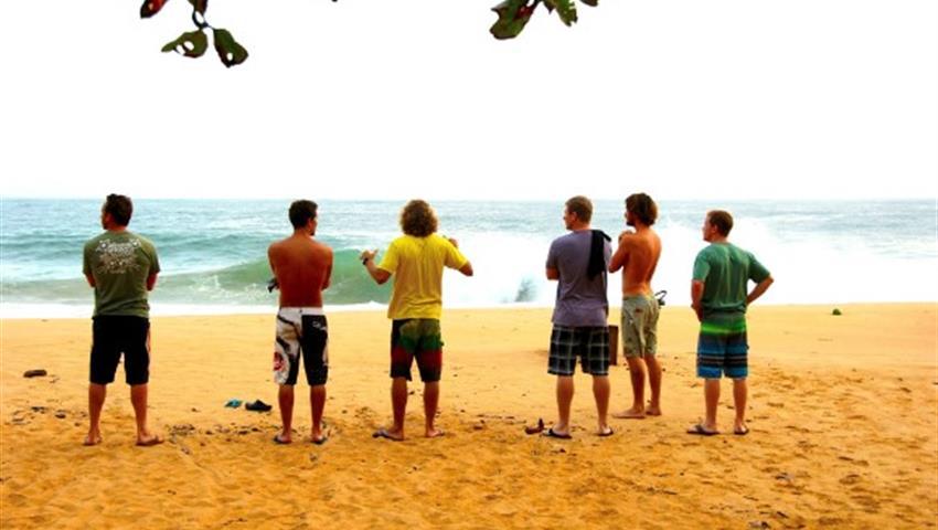 The Instructors and the students, Clases de Surf en Bocas del Toro
