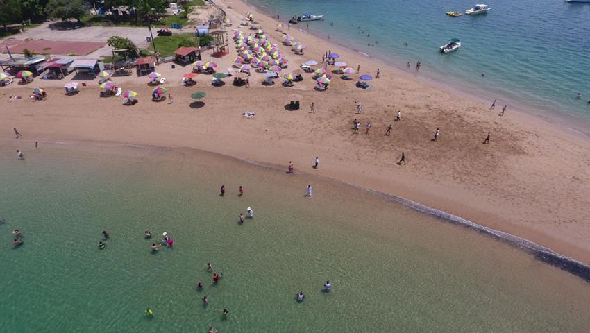 3, Pase un Día en Isla Taboga