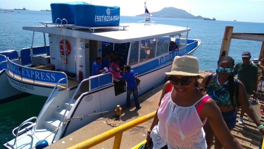 2, Excursión en Isla Taboga