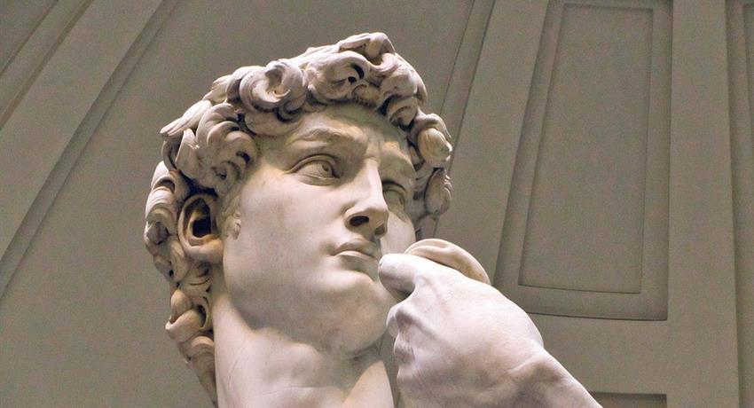 El David by Michelangelo - Tiqy, Galeria La Accadamia: El David y Mucho Más