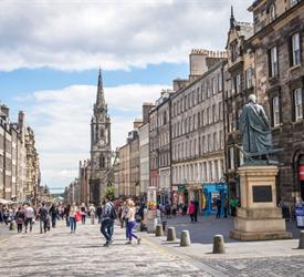 The Royal Mile, City Tours in Edinburgh, Scotland