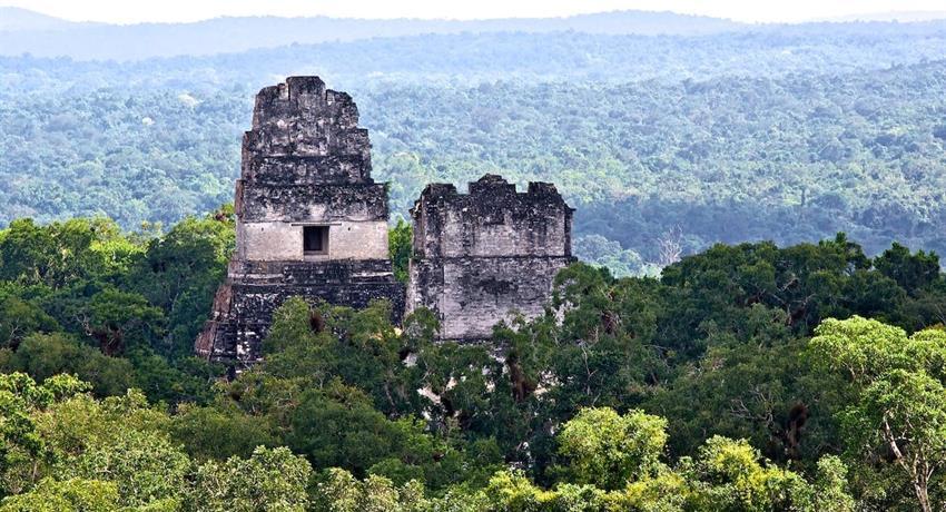 pyramid 02, Tikal Daily Walking Tour