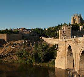 Toledo y Bodega Centenaria
