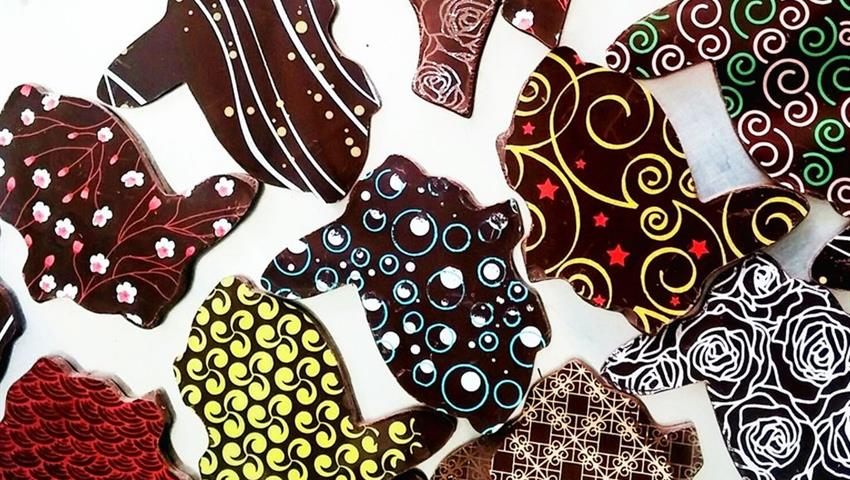 Tasting different flavors, Toronto's Ultimate Chocolate Tour