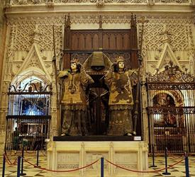 Tour Inside The Cathedral and Giralda , City Tours in Sevilla, Spain