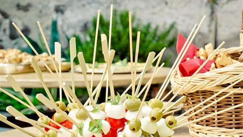 veggie and vegan tapas tour, Tour for Vegetarians and Vegans