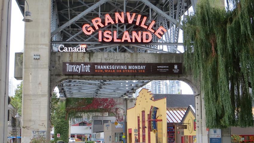 Granville Island, Recorrido por la Ciudad Vancouver