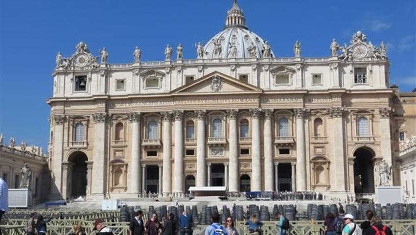 5, Vatican Tour and The Museums