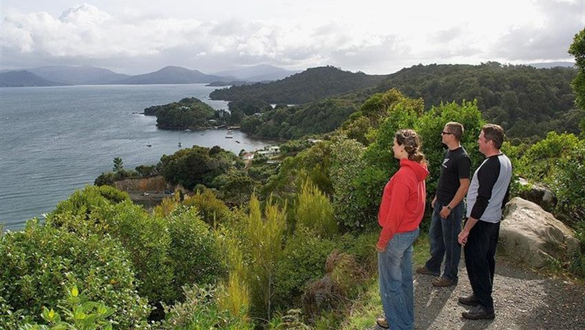 view tiqy, Village and Bays Tour
