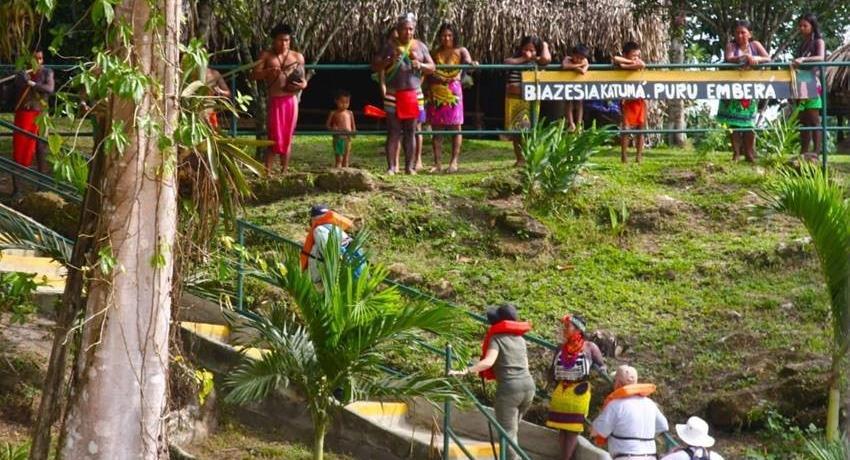 VISIT TO MONKEY ISLAND AND EMBERA 2, Visita a Isla de los Monos y a la Comunidad Emberá Katuma desde la Cuidad de Panamá