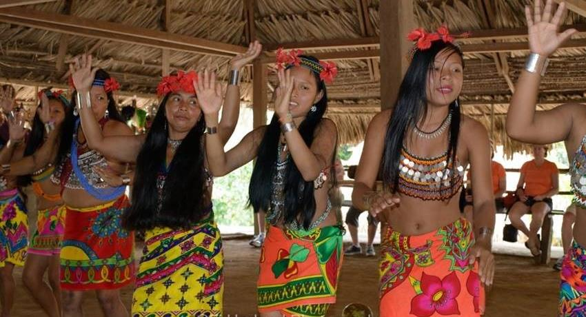 VISIT TO MONKEY ISLAND AND EMBERA 5, Visit to Monkey Island and the Emberá Katuma Community from Panama City
