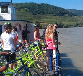 Wachau Valley Wine Tasting Bike Tour, Bike Tours  in Vienna, Austria