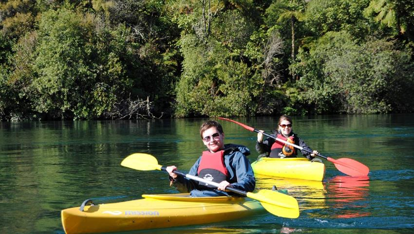 kayak tiqy, Waikato River Float Tour