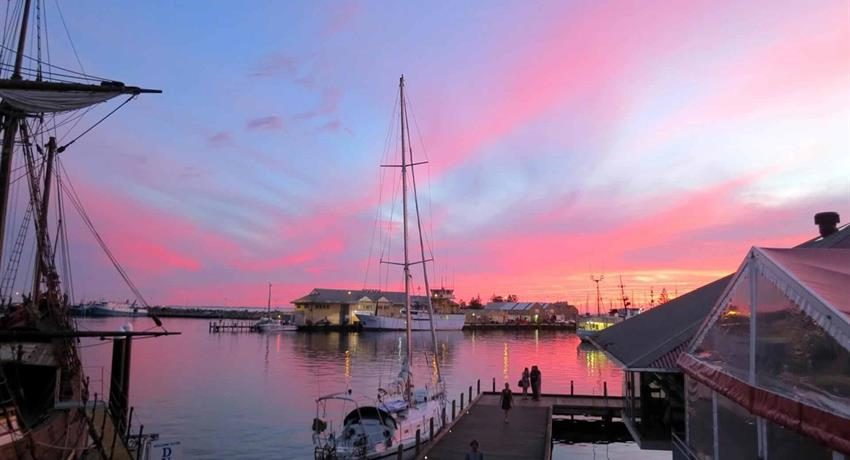 lake tiqy, Walking Tour in Fremantle