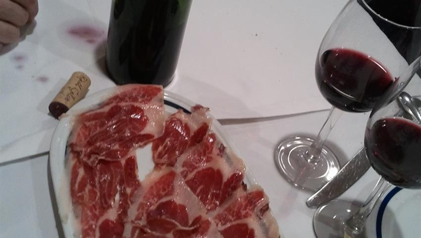jamon serrano - tiqy, Wine and Tapas Route