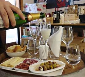 Wine & Tapas Tasting Experience