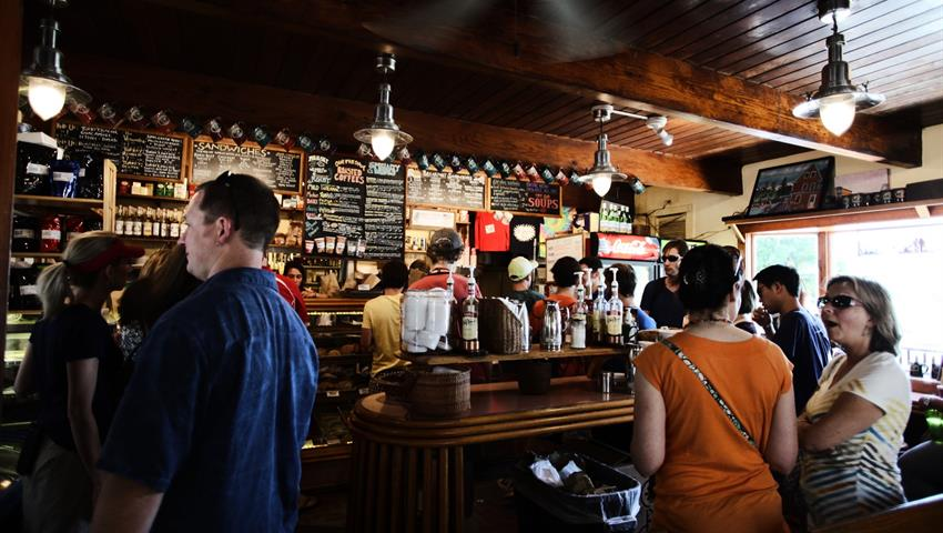 Witty Walking Tour Through Beer History - Tiqy, Witty Walking Tour Through Beer History