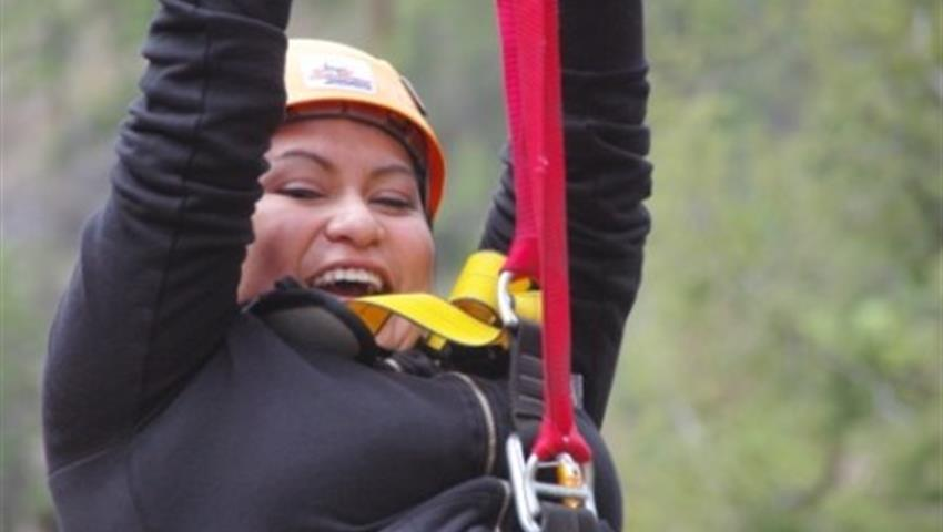Adventure Tours, Tour de Zipline y Vino